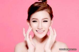 Produk perawatan kulit terbaik alami dan cara merawat menggunakan produk pembersih wajah alami